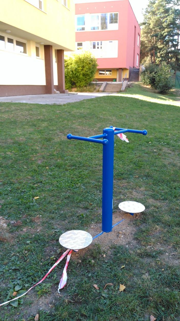 Zahrada aktivní i odpočinková 2015 - cvičební stroje