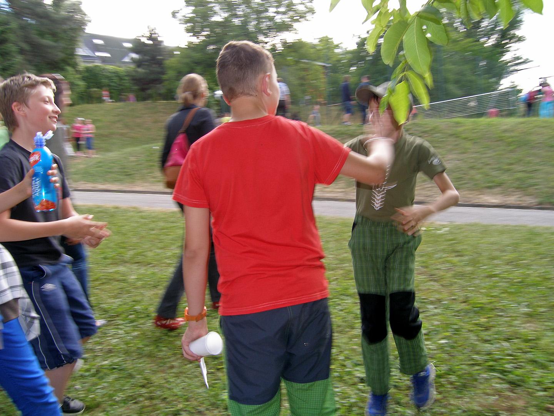 Zahradní slavnost - rozloučení se školním rokem. ZŠ Heyrovského 32, Brno-Bystrc, 26. června 2014